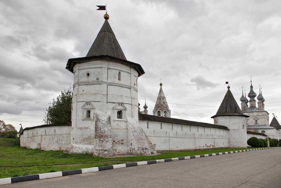 стены михайло-архангельского монастыря юрьев-польский