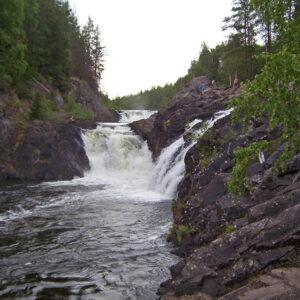 Водопад Кивач в Карелии: «Каменный» падун
